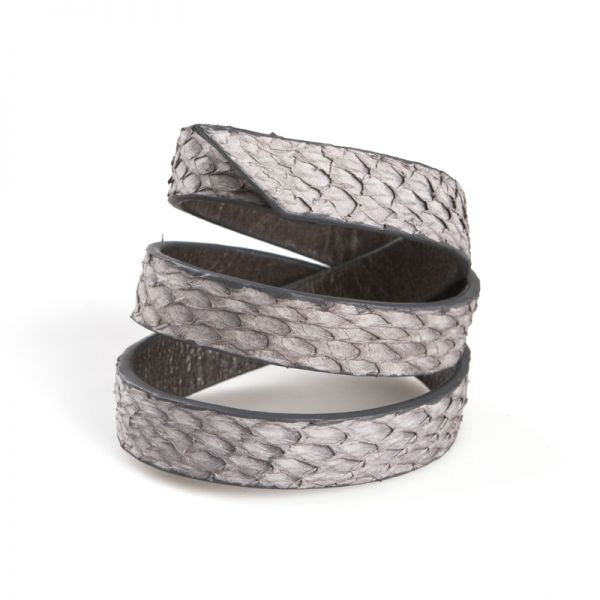 Gretchen - Triple Bracelet - Gray Salmon