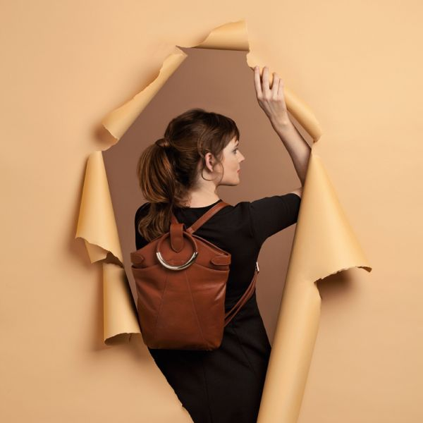 Gretchen - Maple Metal Backpack - Apricot Orange